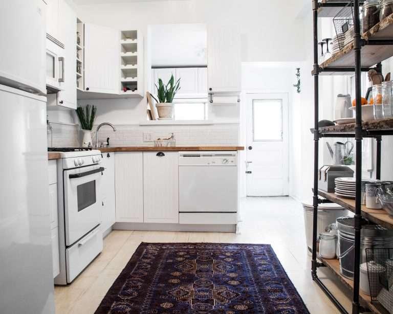 Bright White Modern Kitchen Makeover