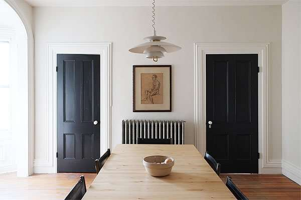 interior doors with benjamin moore onyx black paint
