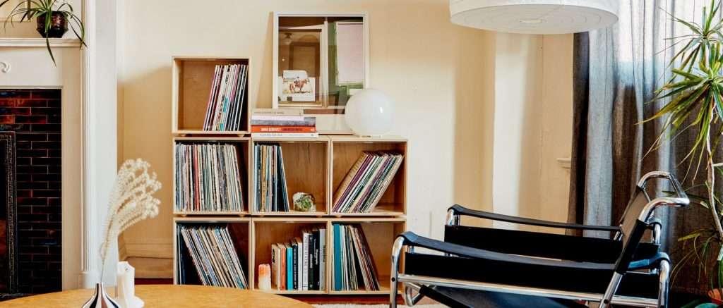 Stackable vinyl record storage cubes